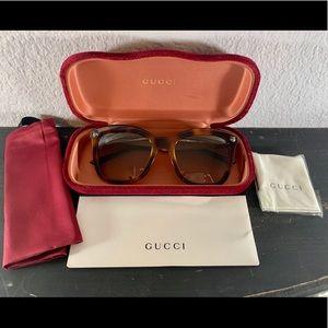 NWT 52 mm Square Gucci Sunglasses